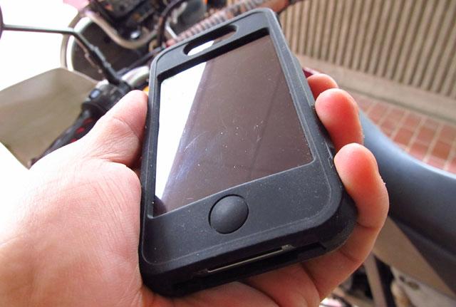 【iPhoneハンドルホルダー】手軽なバイク用ナビゲーションシステムを実現。