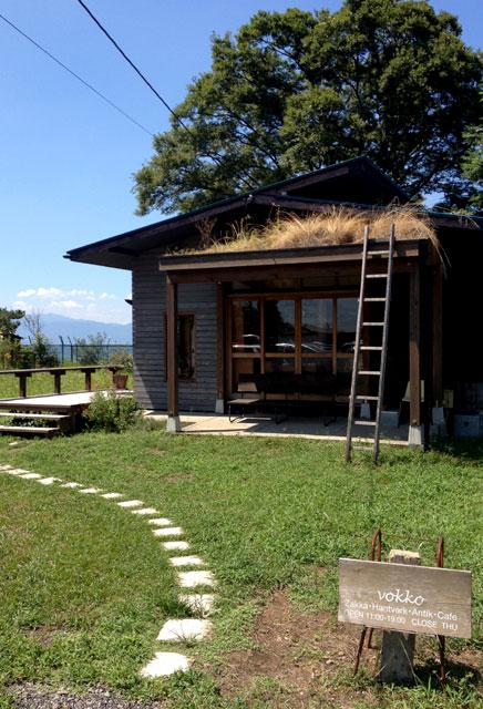 びわ湖のほとり【vokko】にて一休み。映画に出てきそうなカフェだよ。