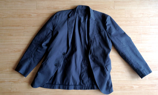 ユニクロでジャケット買う。ありきたり?でも質の良さが光るアイテムだ。