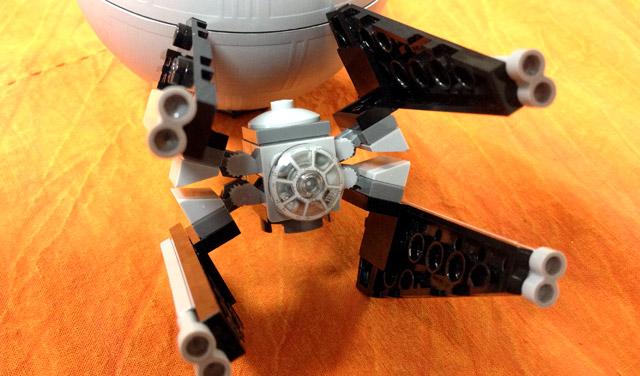 デス・スターですよ!レゴスターウォーズ TIE Intercepter & Death Star LEGO