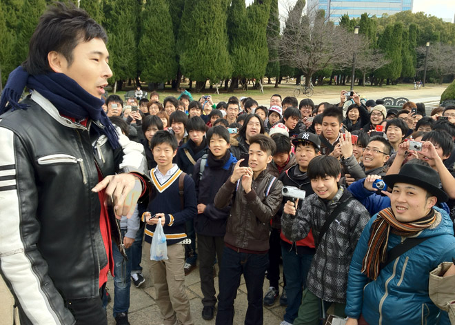 MegwinTVの集ひ!おっぱい旅のお手伝いを大阪城公園で。