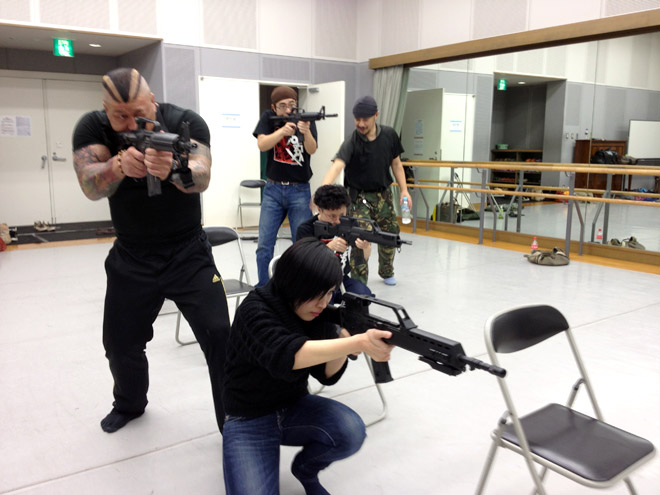 プロレスラーにガンレクチャー!Gun Lecture for Pro Wrestler!?