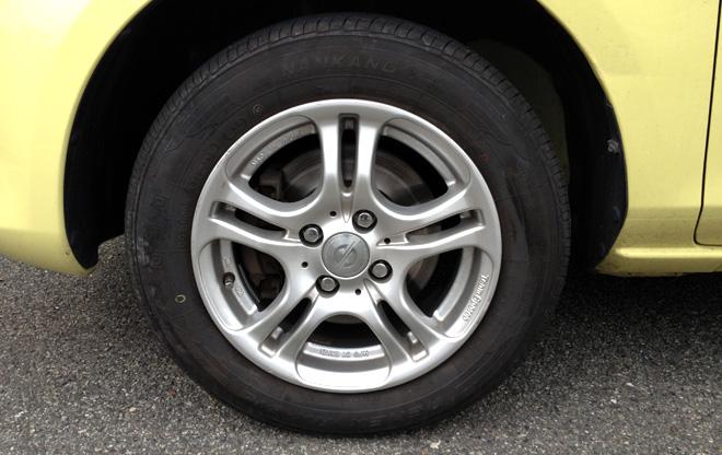 タイヤのローテーション、してます?Switch the tires by myself.