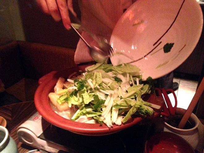 ジェットダイスケとフローズン生を初飲み!そしてコラーゲン丸鳥鍋食べてみたり。