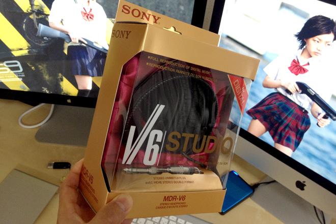 モニターヘッドフォン導入!【SONY スタジオヘッドホン MDR-V6】音声・効果音の編集作業にバッチリでした。