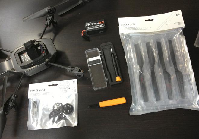 ドローンが故障?京商 AR Drone 2.0 が壊れた!だから修理するぜ!補修パーツを取り寄せてセルフ修理可能です。