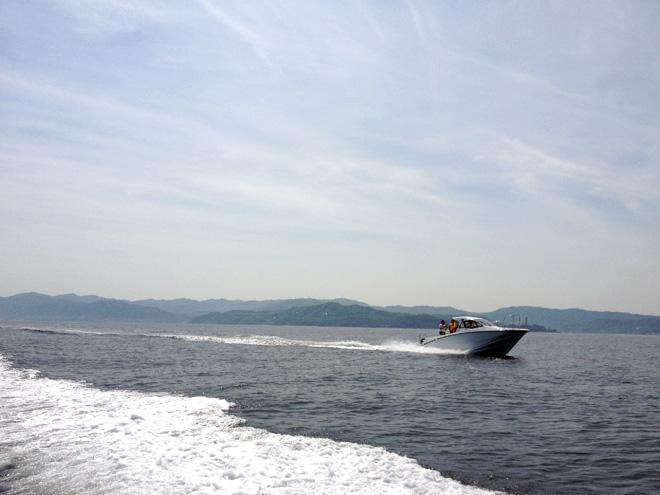 船で南淡路へクルージング!【鳴門海峡大橋】の真下をくぐる、うみあそび。