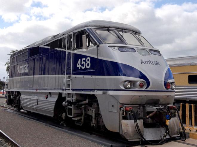 サンディエゴ、サンタフェ駅でアムトラック発見!San Diego Santa Fe Dept and Amtrak Locomotive.