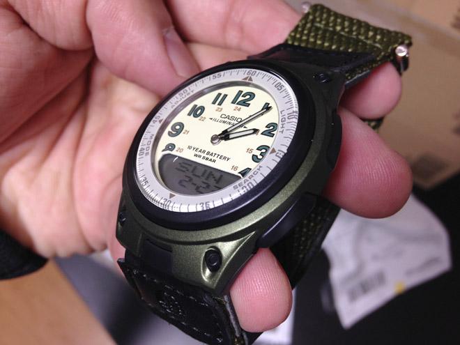 やっすい腕時計、買う。【CASIO 腕時計 スタンダード アナログ/デジタル コンビネーションモデル AW-80V-3BJF】