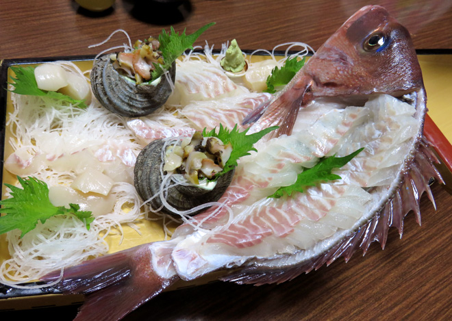 兵庫県南あわじ市【坂口荘】で鯛を食いまくり!【淡路島うずしお温泉】鯛料理フルコースでご満悦の温泉でした。