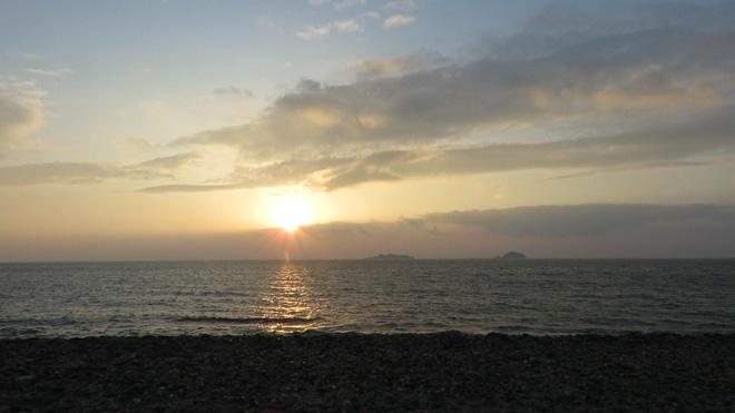 とろける源泉!【野母崎炭酸温泉(長崎市)】風呂から世界遺産・軍艦島が見えるよ!