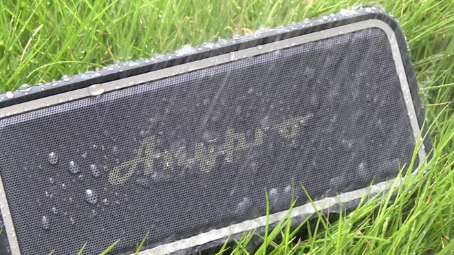 防水も充電もできますよ!【Anypro】ポータブルBluetoothスピーカー