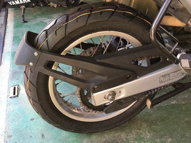 BMW F650 タイヤ交換